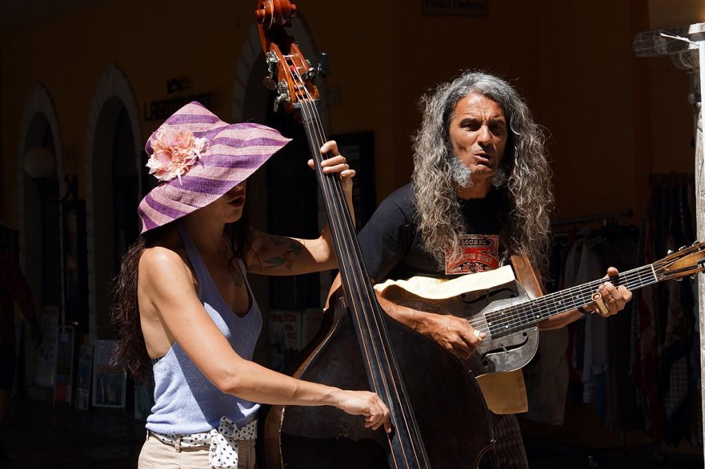 Reverend & The Lady (Mauro Ferrarese und Alessandra Cecala) in Malcesine Juni 2012 (Bild 1)